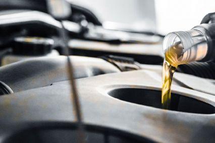Óriási károkat okoznak a motorolaj nepperek